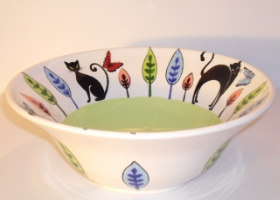 Garden cats bowl